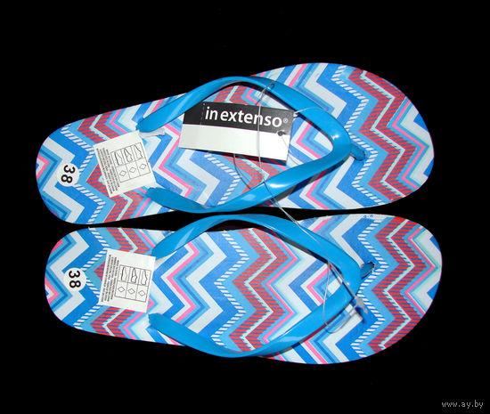 Яркие пляжные сланцы (шлепанцы) р38, фирмы In extenso, очень удобные, абсолютно новые, с этикетками. Длина по подошве – 25см.