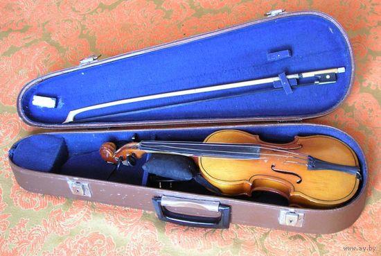 Скрипка 1/4 в футляре со смычком времен СССР 1980-е года