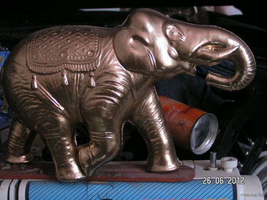 Слон 24х14х7см