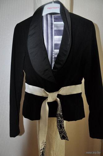 """Женская фирменная куртка-ветровка, стилизованная под пиджак_р-р 42/44_Made in Italy_ф.""""Baby P""""_Цвет: Чёрный + белый = Классика_!"""