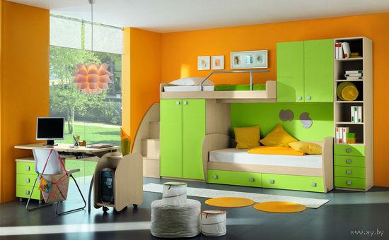 Комплект мебели для детской комнаты.
