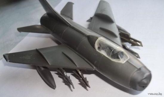 Модель МИГ-19 самолет СССР советский (9)