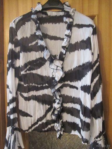 Блузка белая с черным