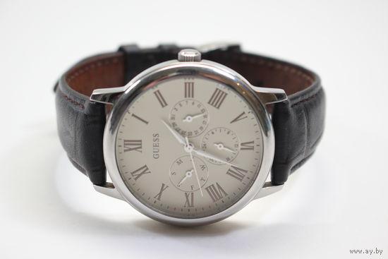 Наручные часы Guess W70016G2