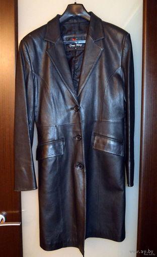 Черный кожаный удлиненный пиджак (куртка) 44 размера