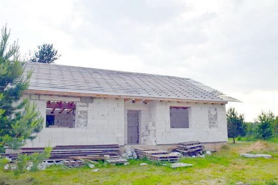 Дом 50% готовности на берегу озера в а.г. Бегомль.