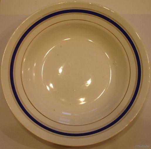Тарелка с голубой каёмкой 60-е года