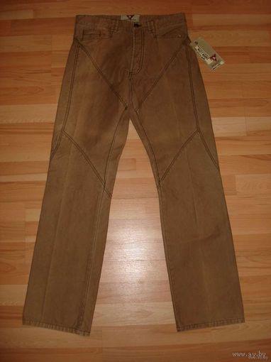 РАСПРОДАЖА!!! СКИДКА 50 %!!! Новые мужские брюки известной итальянской марки MATT MOORE