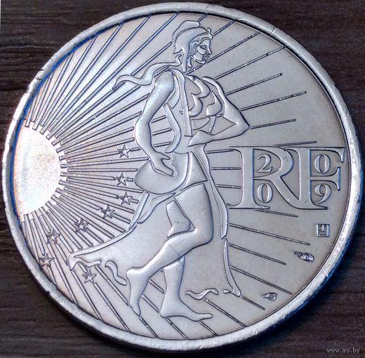 10 евро 2009г. Сеятельница.