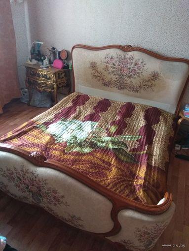 Кровать антикварная