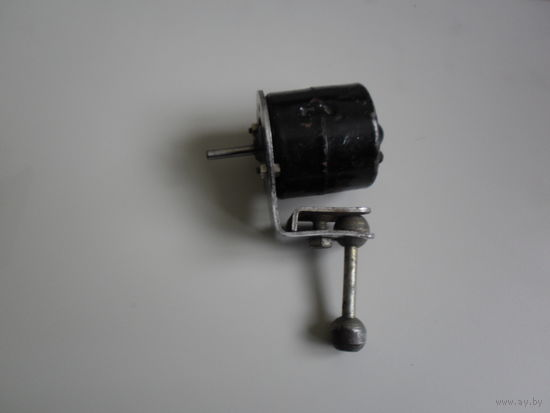 Электродвигатель вентилятора 12 вольт
