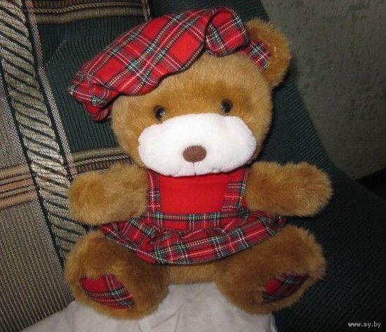 Медвежонок в клетчатом сарафане (I.B.T.T.)