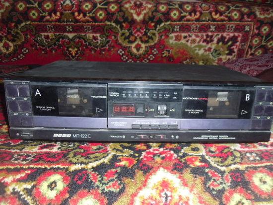 ВЕГА-122С двухкассетный магнитофон.