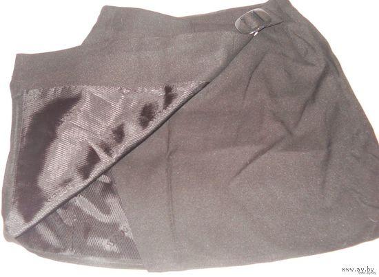 Мини-юбка на запАхе с пряжкой