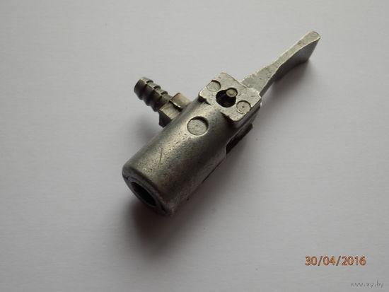 Быстросъёмный клапан на золотник