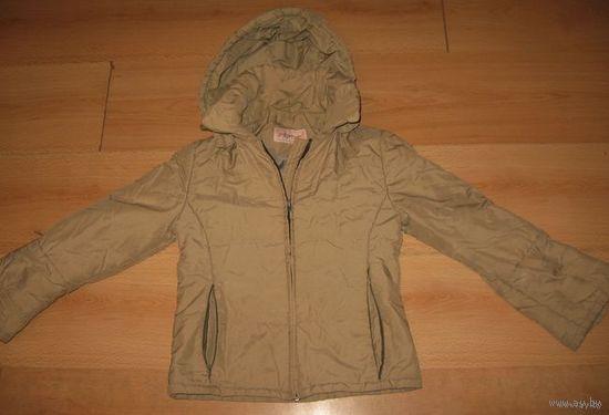 Осенняя куртка детская на 8-10 лет