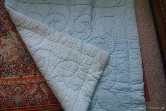 Одеяло детское ватное 115 см х 115 см. Белый пододеяльник на это одеяльце в подарок!
