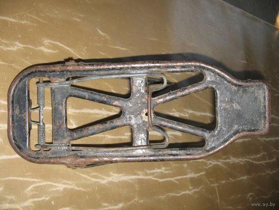 Старый велосипедный багажник