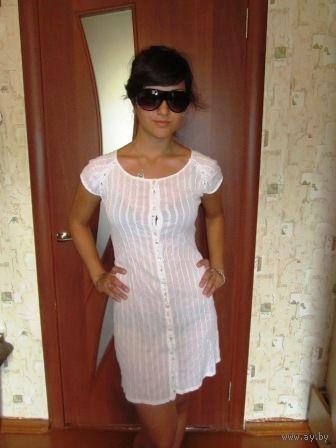 Платье известной фирмы размер 40-42