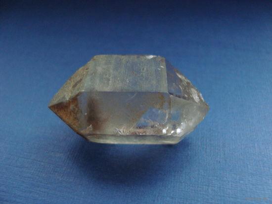 Горный хрусталь, двухголовый кристалл
