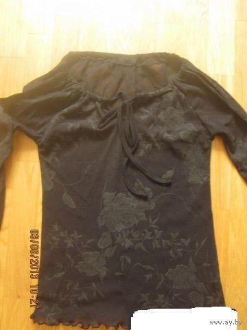 Блузка черная