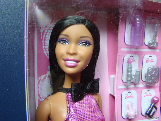 Новая кукла Барби.
