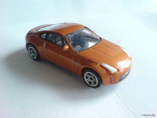Nissan fairlady z  оранжево-коричневый металлик. металл  распродажа коллекции