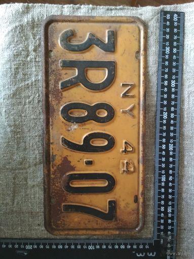 Винтажный американский автомобильный регистрационный номерной знак штат Нью-Йорк США . Дизайн, декор, интерьер, коллекционирование, обмен.