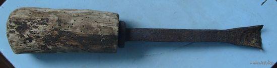 Инструмент долбёжный, очень старый