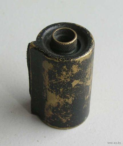 Кассета латунная оригинальной конструкции для фотоаппаратов ФЭД , Leica производство КМЗ 1950-е года