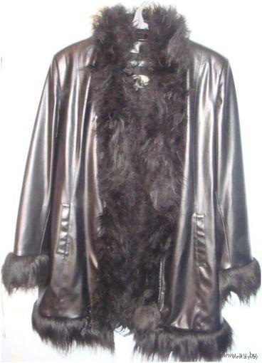 СКИДКА 70%!  Плащ-пальто ИЗ ЕВРОПЫ! Натуральный мех.(р.44-46)