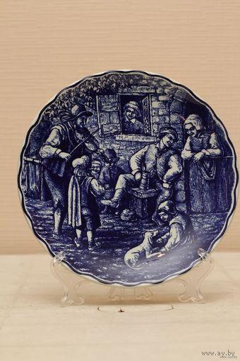 Настенная тарелка королевской фабрики Дэльфт,.By Boch. БЕЛЬГИЯ   60е года ХХвека, диам.-25см.