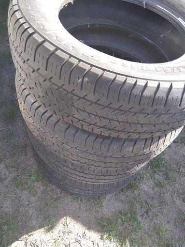 Резина 215/65/р16С Самовывоз.