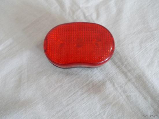 Задний фонарь 3 режима индикации диодный